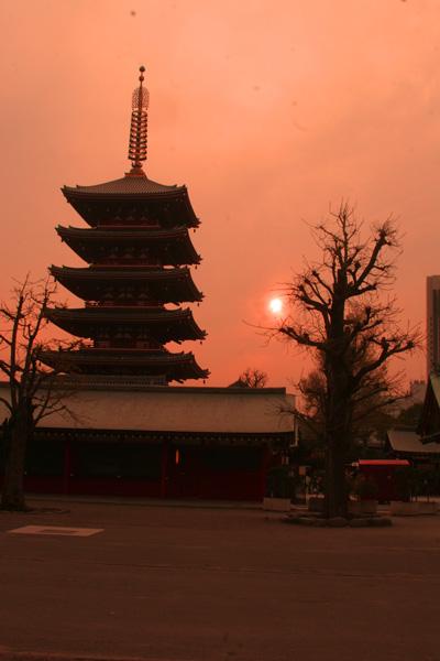 008-asakusa-shrine.jpg